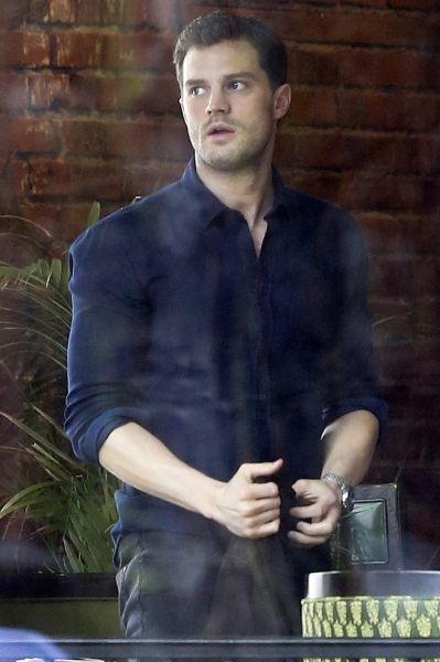 Jamie Dornan - Por traz das cenas de 50 Tons Mais Escuros.