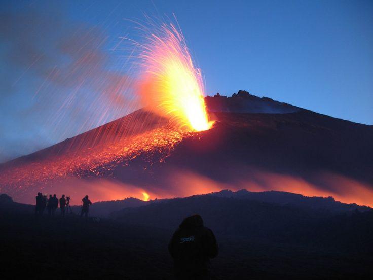 Etna - Poesia di Filippo Passeo