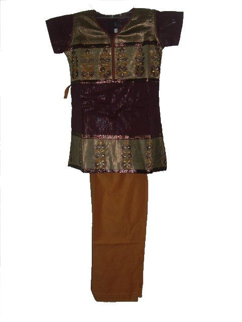 ★★....Cotton salwar kurta for kids in maroon, mustard and gold. The maroon and gold kurta has beautiful embroidery. It has a zipper and hook in the back.