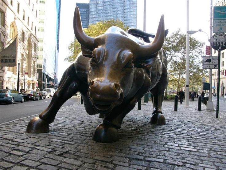 My kids think the Wallstreet bull is one of the coolest things on this  planet! ( you can touch its balls & take pics)