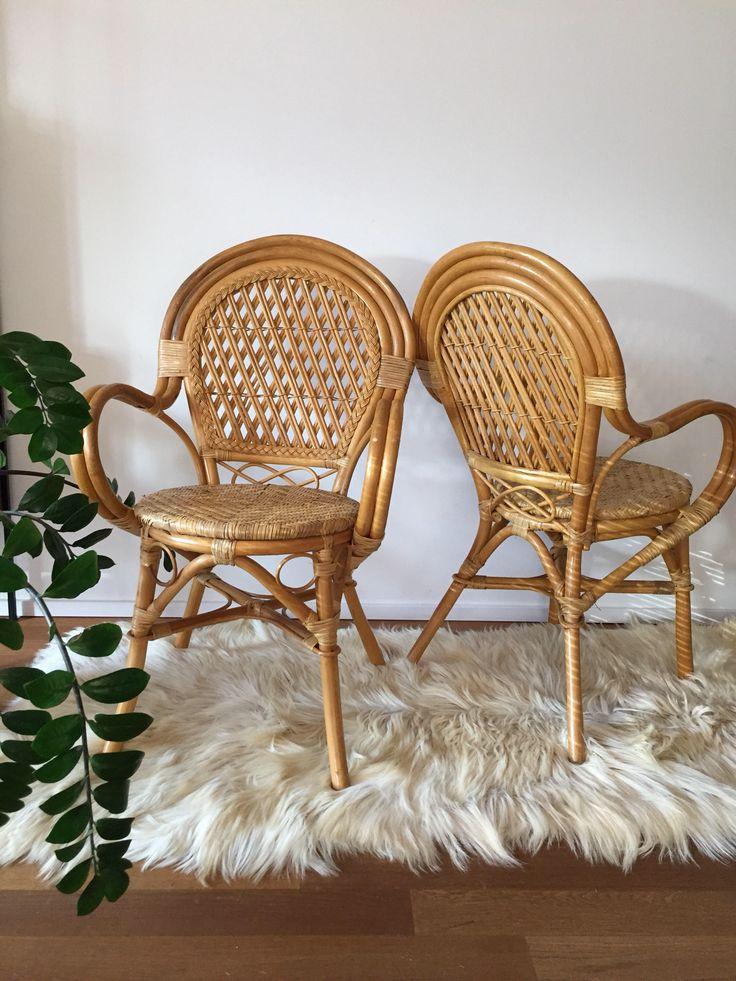 70er Jahre Korb Rattan Bambus Stuhl Basket Wicker Chair (2 Stück verfügbar) von moebelglueck auf Etsy https://www.etsy.com/de/listing/561750039/70er-jahre-korb-rattan-bambus-stuhl