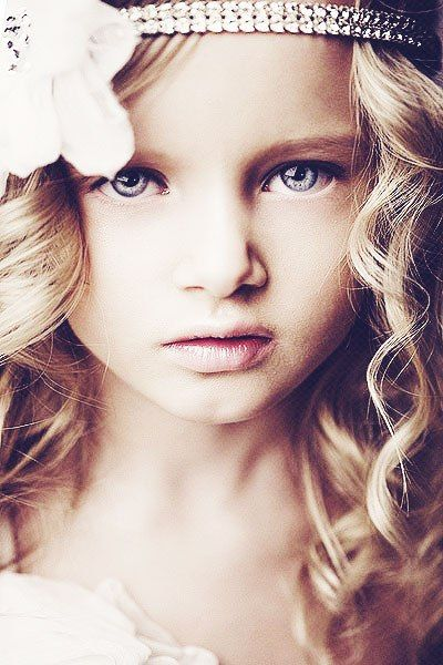 Russian child model Evelina Voznesenskaya.