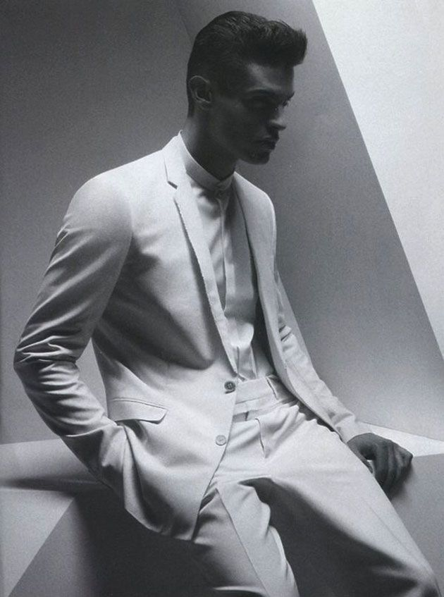 Christian Dior Homme Spring/Summer 2012 Advertising Campaign: The Natural High End Luxury Appearance With Effortless Clean Chic Black & White Colour Tone