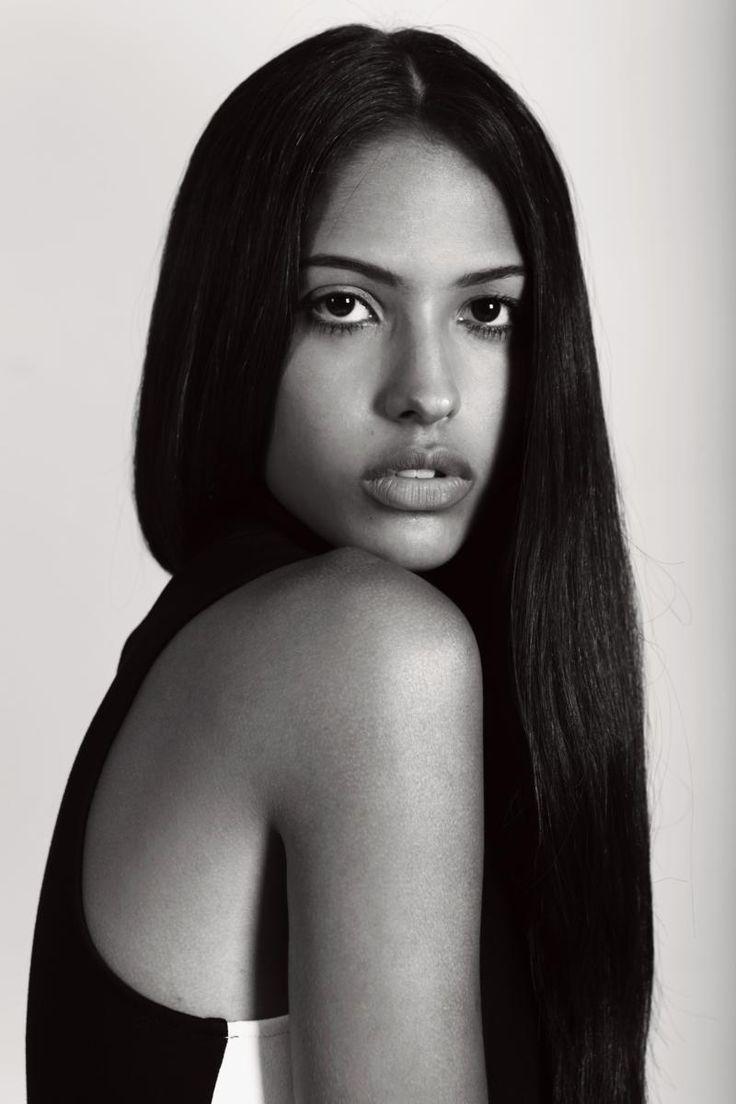 CAROLINA FREITAS  #ragazzomgmt #agenciaragzzo #women #model #brazilianmodel