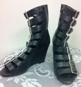 Dollhouse buckle boots