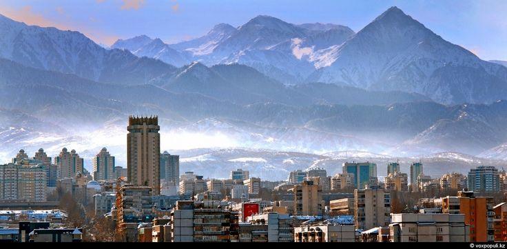 Almaty im Kasachstan Reiseführer http://www.abenteurer.net/3684-kasachstan-reisefuehrer/