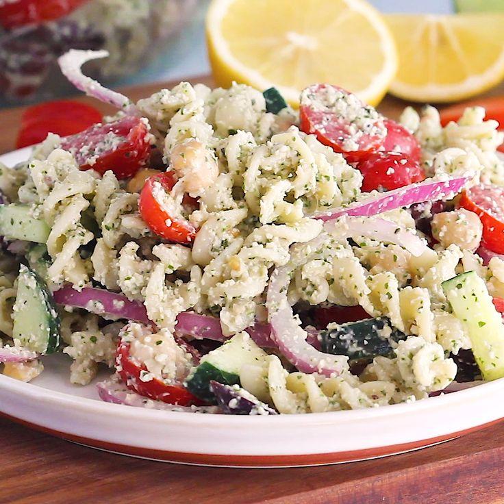 Cremiger Griechischer Nudelsalat mit Cashew Vegan Pesto