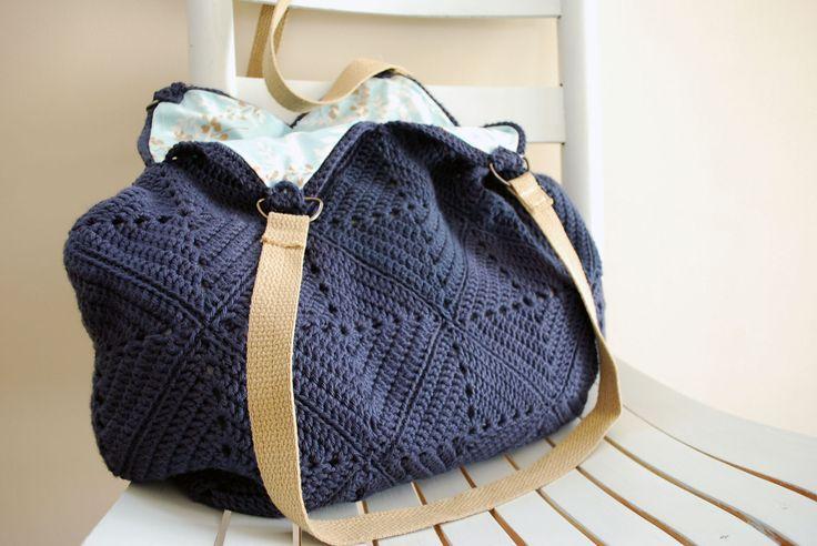 February Crochet Along: Granny Square Tote - B.hooked Crochet