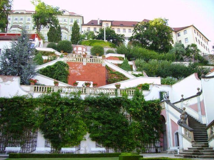 Ledebour garden, Prague