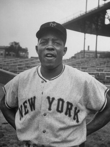 """THE """"SAY HEY KID"""" WILLIE MAYS"""
