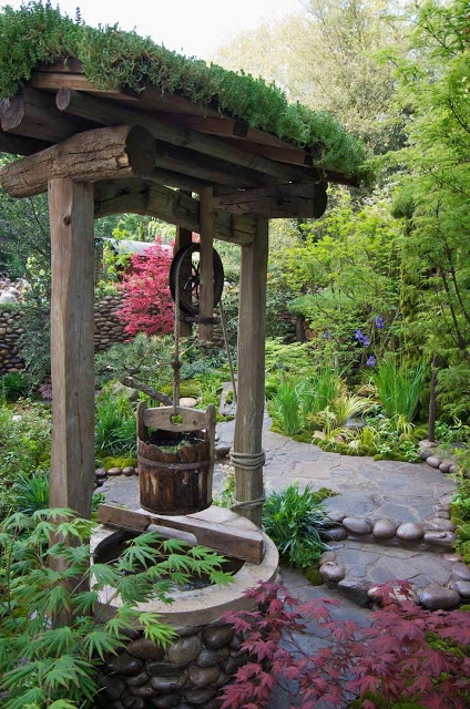 17 best images about wishing wells on pinterest water for Small japanese water garden