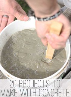 Who knew you could make so much with concrete? Love these concrete DIY projects! #concrete #diy #concreteprojects