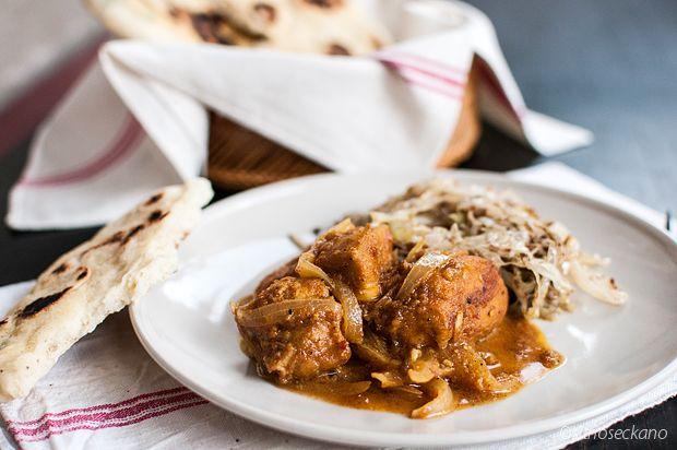 Пилешко виндалу и наан лепчиња / Chicken vindaloo with naan