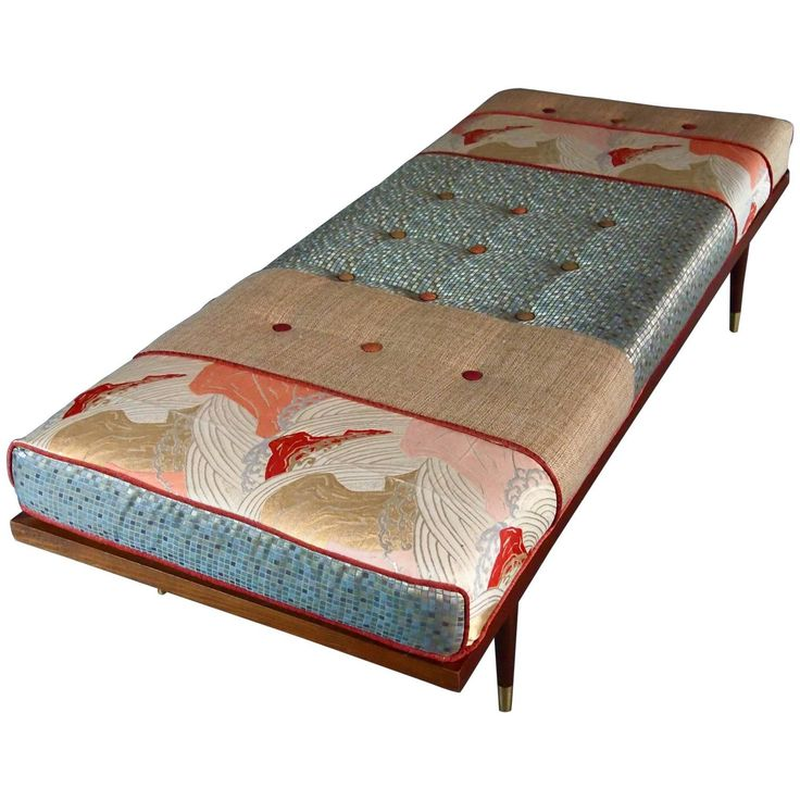 Midcentury Daybed with Vintage Obi | See more antique and modern Daybeds at https://www.1stdibs.com/furniture/seating/day-beds