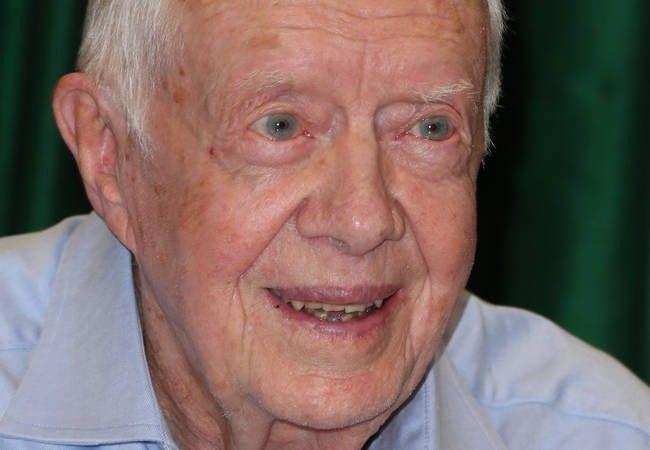 Former President Jimmy Carter undergoes liver operation