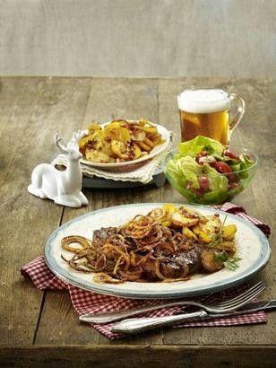 Das Rezept für Zwiebelrostbraten und weitere kostenlose Rezepte auf LECKER.de