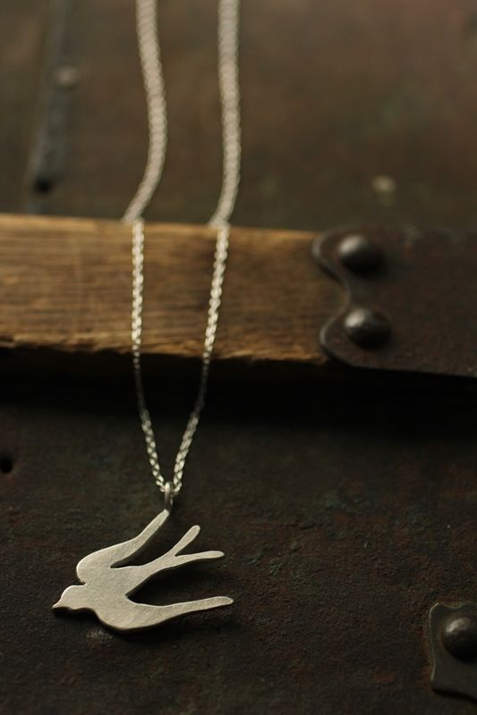 Swallow Silver Necklace - IRRE