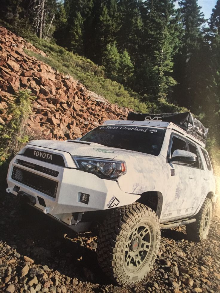 Awesome Toyota 2017: 5th generation Toyota 4Runner...  SUV Offroading Check more at http://carsboard.pro/2017/2017/04/25/toyota-2017-5th-generation-toyota-4runner-suv-offroading/