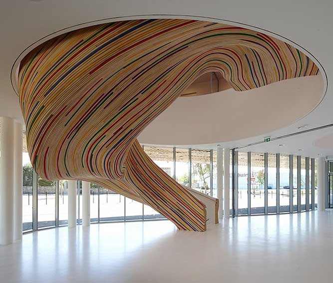Best Sculptural Staircase Art From Tetrarc Architects 400 x 300
