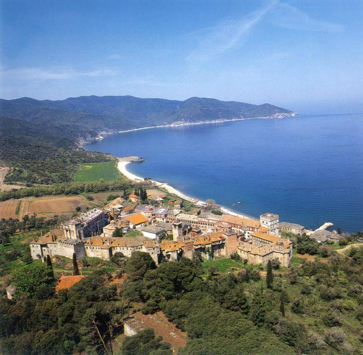 Νοτιοανατολική άποψη της Μονής - The monastery from the southeast