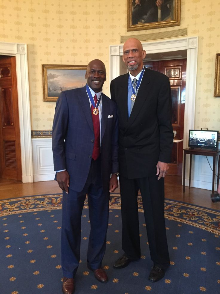12 NBA championships,  11 MVPs,  33 All-Star appearances,  70,679 points Michael & Kareem!  #Presidental Medal Of Freedom