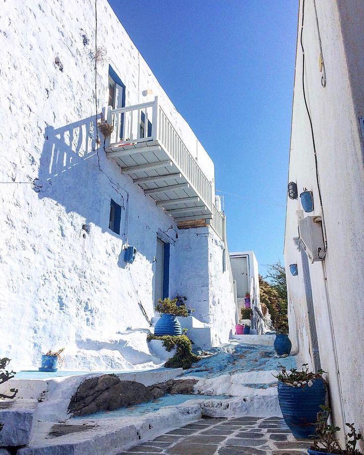 Milos island (Μήλος)! The lovely & peaceful White of the Cyclades islands ❤️.