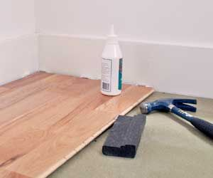 how to clean laminate flooring, and remove some disasters! very helpful for a pile of dried teal nail polish.