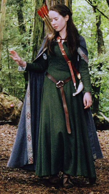 Susan the archer in an appropriate woodland dress.