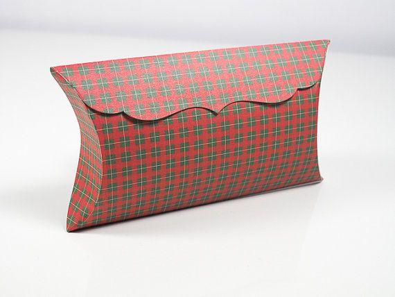 CHRISTMAS PILLOW BOX Set of 4 Christmas Gift Big by artMagnolia