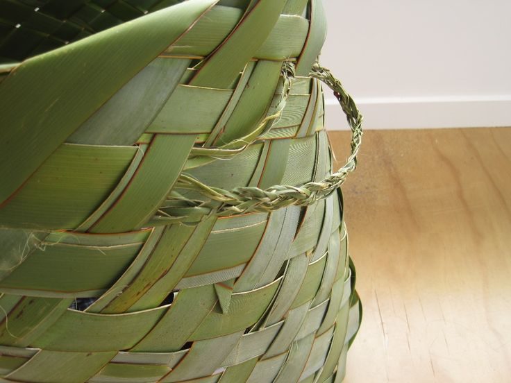 Weave a basket using traditional Maori techniques. (it's easier than you might think!)