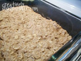 Creatively Domestic: Peanut Butter Baked Oatmeal