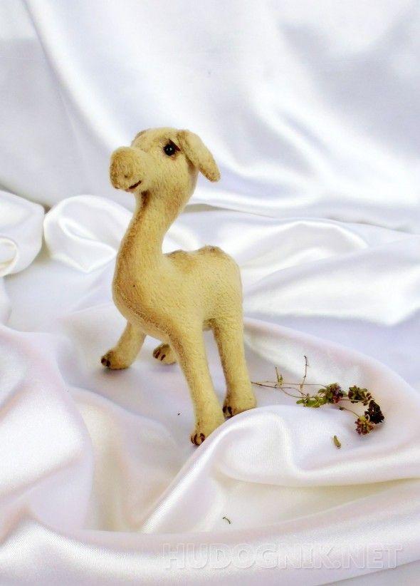 Верблюжонок Игрушки из плюша