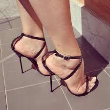 Bildergebnis für pantyhose feet heels #hothighheelsstilettos #stilettoheelsstilleto #stilettoheelssandals