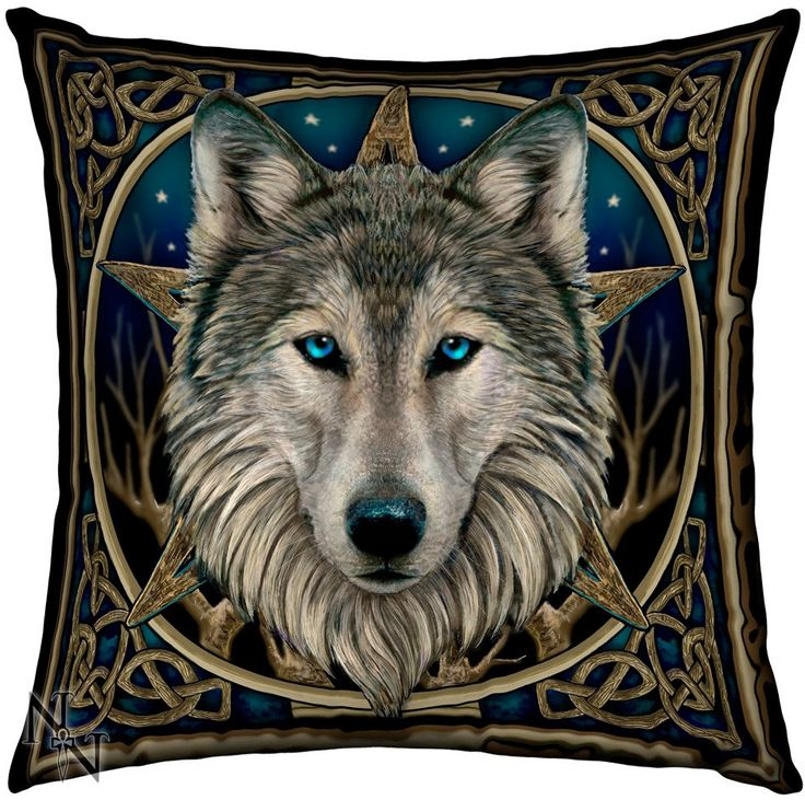 Cojín The Wild One #lobo #lisa #parker #wolf #knots #decoracion #xtremonline #wicca #celta