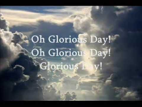 """♥ """"Living He Loved me, Dying He saved me, Buried He carried my sins far away, Rising He justified freely forever and one day He's coming, Oh Glorious Day!!"""" Amen!! ♥"""