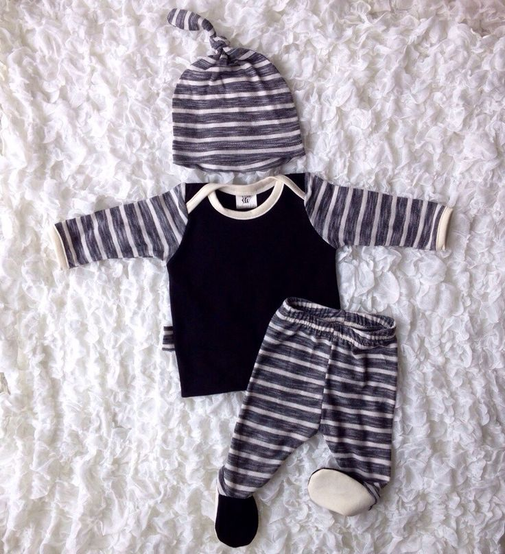 Newborn stripes going home outfit •baby boy hospital outfit •baby boy take home outfit •hat, shirt, leggings, swaddle blanket •ONE Available by BeeBoppinBaby on Etsy https://www.etsy.com/listing/265706558/newborn-stripes-going-home-outfit-baby