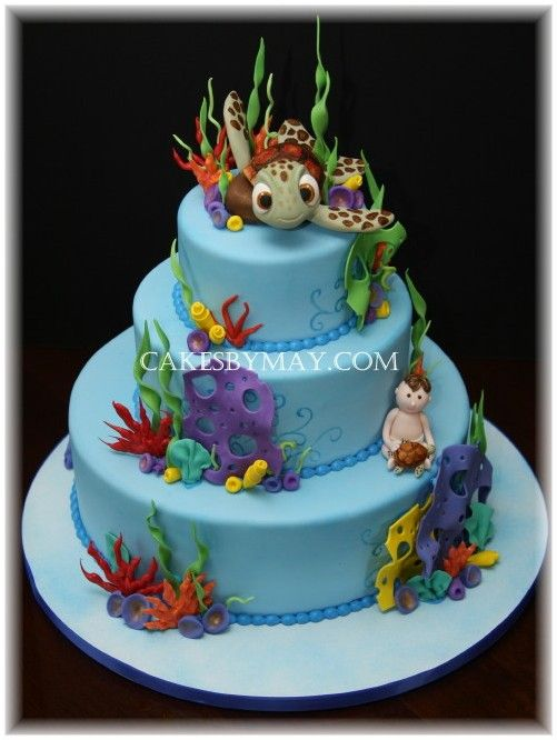 """Squirt from """"Finding Nemo"""" cake."""