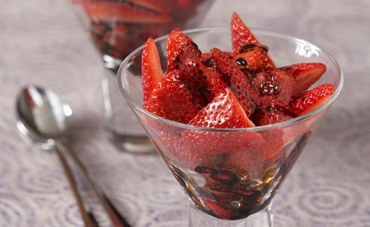 Epicure's Strawberries with Summer Berry Balsamic Vinegar