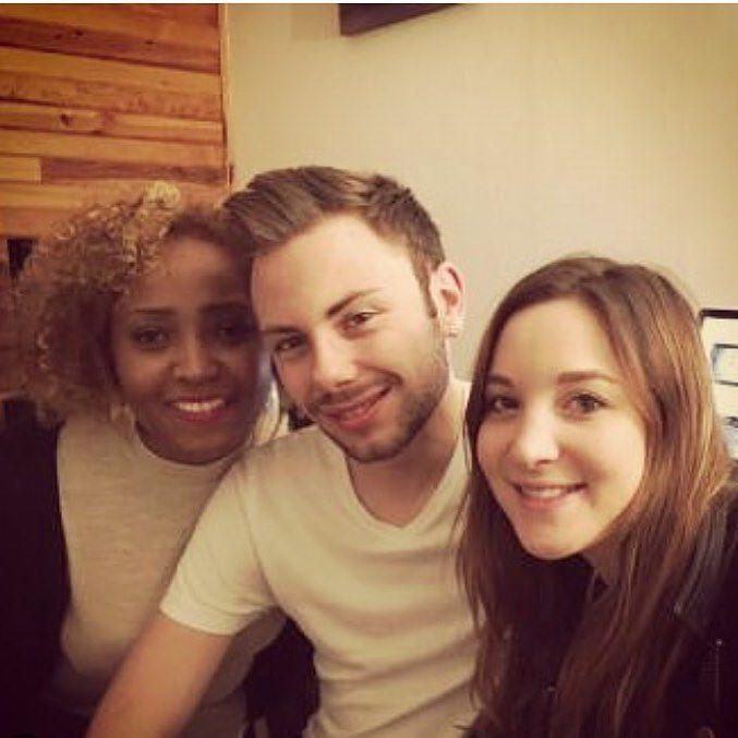 Real friends true friendship what do I need more ?  ?   Une beauté réunionnaise et une autre beauté périgourdine --->    _____________________________________________ #instapic #instalife #instashot #instafriends #instafriendship #instabordeaux #picoftheday #dailypic #friends #friendship #reunionisland #lareunion #kafrine #perigord #perigourdine #soiree #party #fun #french #bordeaux by bap.bdx.tiste