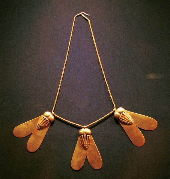 Egyptian jewelry (Fly necklace. The fly symbolized tenacity, and could be a reward for valor in battle).