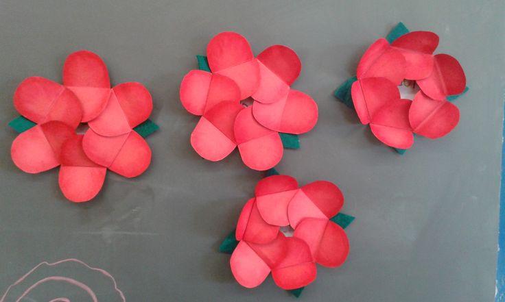 Roses imantades. Escola El Far d'Empordà.