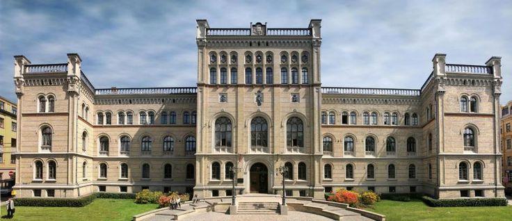 Jeden z najlepszych uniwersytetów w kraju. #uniwersytet #studia