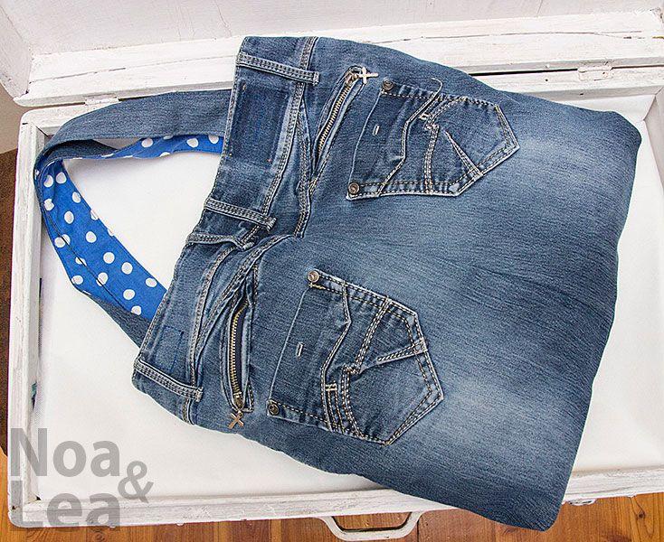 Upcycled trousers handbag by Noa & Lea Torba Upcykling, Torba ze spodni, Torba z jeansów  http://noa-lea.pl/index.php/pl/sklep/sklep-torby/33-torba-upcykling-jeansowa-bawelniania-ze-spodni