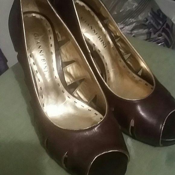 Gianni Bini shoes Brown leather Gianni Bini Shoes