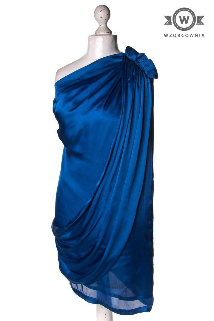 >> #Satynowa #kobaltowa #sukienka na jedno ramię #Wzorcownia online | #AlmostFamous #dress