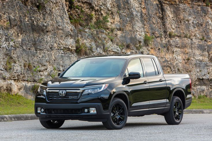 This Pick-Up has a chance for the big rivals like Ford F-150. This is the Black model from Honda Ridgeline.Japan Power is coming and planing for 2016