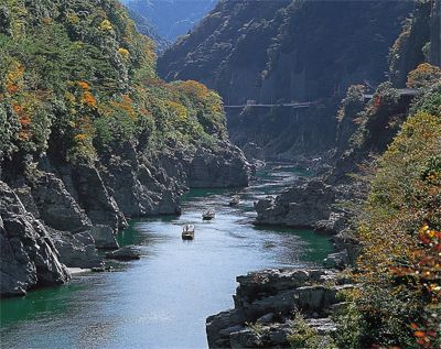 Oboke and Koboke Gorges. Looking for more information about Tokushima? Go Visit Tokushima Prefecture. http://www.pref.tokushima.jp/