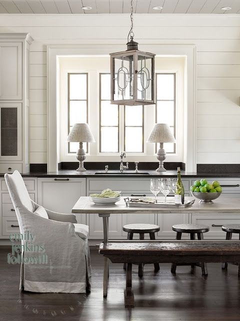 classic beauty. A mix of styles is so beautiful. Modern Cottage Chic. Interior Design Inspiration