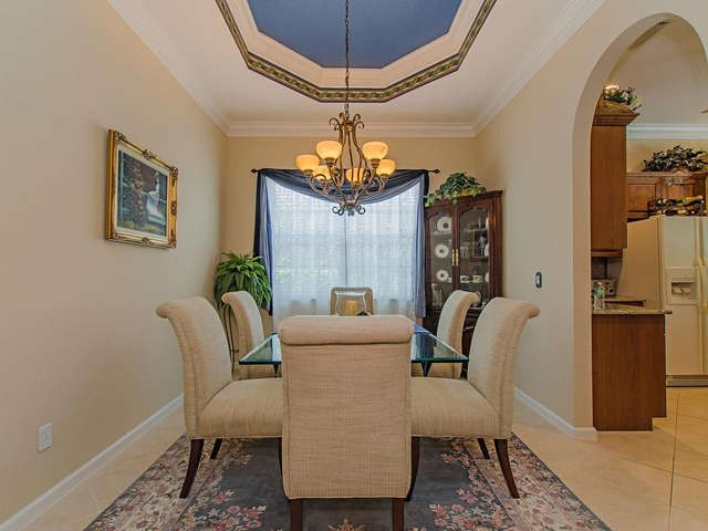 Traditional Dining Room - Blue Painted Ceiling - Melinda Gunther : Hot Property of the Day - Delasol - 15509 Cadiz Ln, Naples, FL 34110