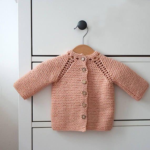 Tejido a mano estilo Vintage de Rebeca  lana Merino bebé